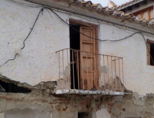 SOLICITUD DE INSCRIPCIÓN URGENTE COMO BIC DE LOS BAÑOS DE LA MORERÍA