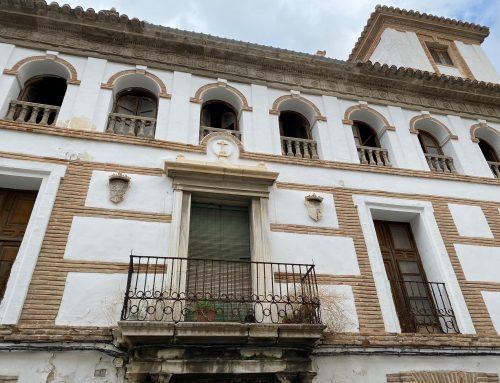 EL DEFENSOR SE DEJA ENGAÑAR POR LAS ADMINISTRACIONES PÚBLICAS. EL PALACIO DE LOS MARQUESES DE CADIMO